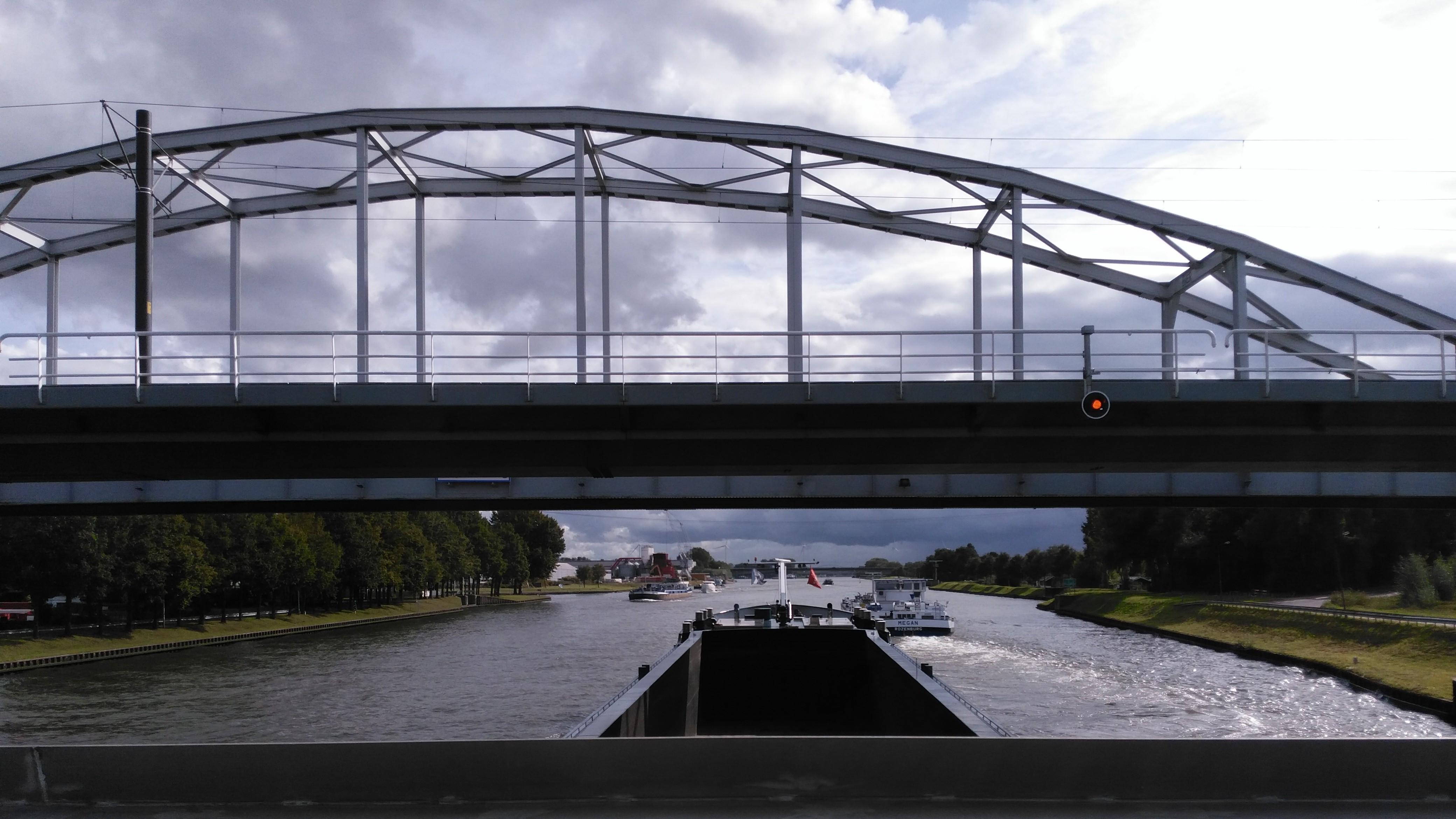 Scheepvaart Amsterdam Rijnkanaal